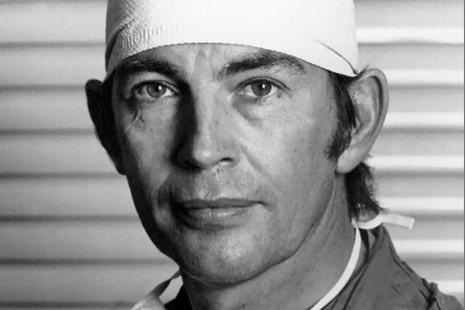 Feliz cumpleaños, doctor Barnard: un pionero a corazón abierto