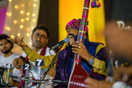 De festival en Rajastán: ¿Puede la música acabar con el sistema de castas de la India?