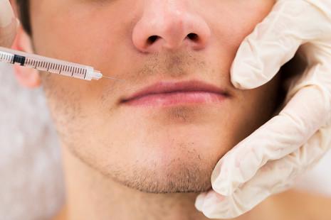 Las operaciones de cirugía estética más demandadas por los hombres