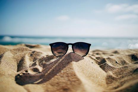 Fuera prejuicios: cómo lucir una piel bronceada sin pisar la playa