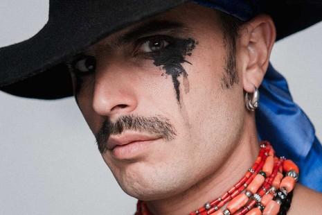 """Rodrigo Cuevas: """"Soy un agitador folclórico que reivindica el amor y el humanismo"""""""