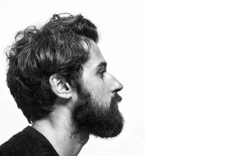 """Moisés Nieto: """"La moda vive una crisis muy gorda que cambiará la forma de consumirla"""""""