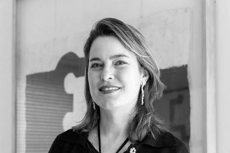 """Mireia Massagué: """"Chillida merece mucho mayor reconocimiento internacional"""""""
