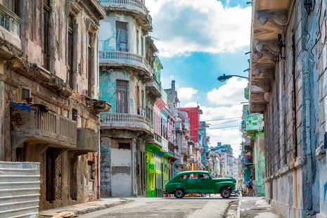 Guía urbana: dónde alojarse, qué comprar y qué comer en La Habana más auténtica