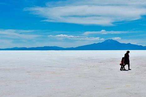 Ruta por Uyuni: ¿qué se puede hacer durante tres días en un desierto de sal?